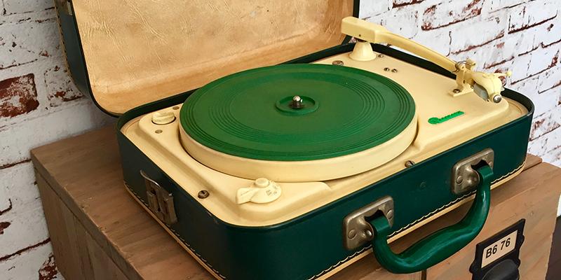 tourne-disque-vintage